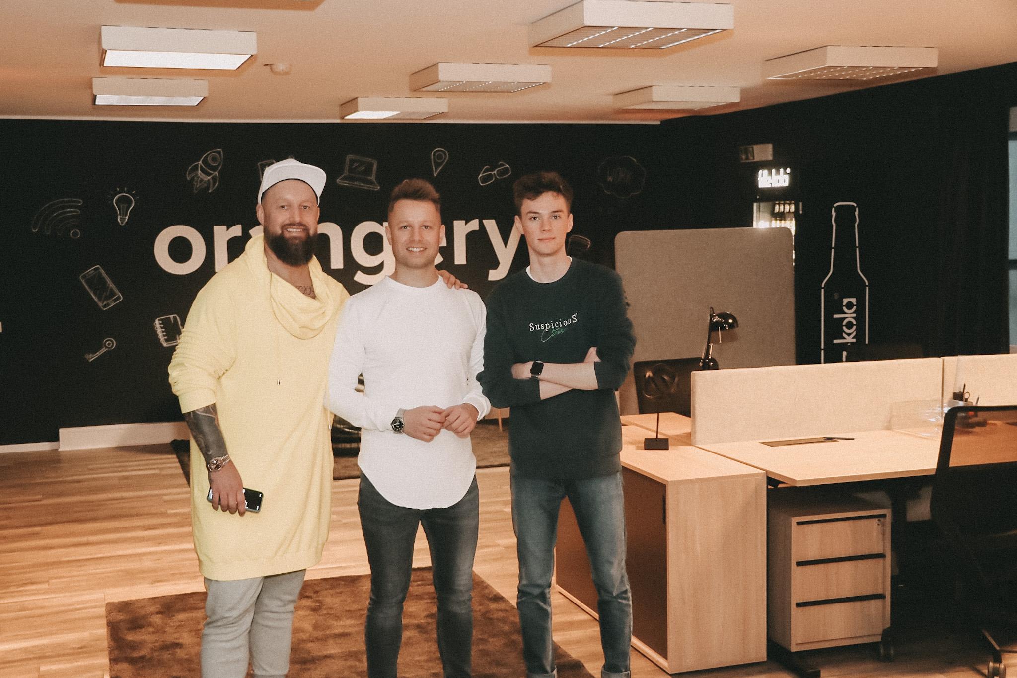 Das Bild zeigt die drei Gründer vom Startup-Zentrum Orangery in Hildesheim.